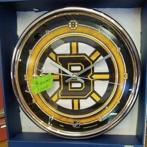 Bruins clock